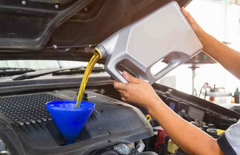 بهترین زمان برای تعویض روغن موتور خودرو